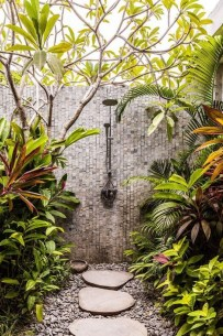 Spectacular Outdoor Bathroom Design Ideas That Feel Like A Vacation 23