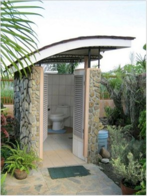 Spectacular Outdoor Bathroom Design Ideas That Feel Like A Vacation 34
