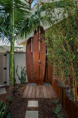 Spectacular Outdoor Bathroom Design Ideas That Feel Like A Vacation 35