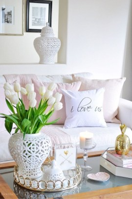 Superb Living Room Decor Ideas For Spring To Try Soon 34