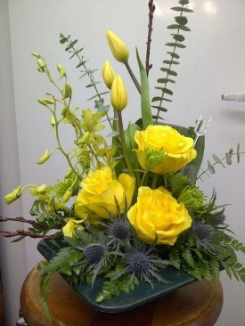 Astonishing Easter Flower Arrangement Ideas That You Will Love 17