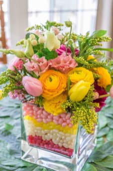 Astonishing Easter Flower Arrangement Ideas That You Will Love 43