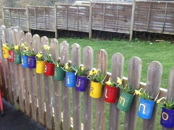 Beautiful Garden Fence Decorating Ideas To Follow 50