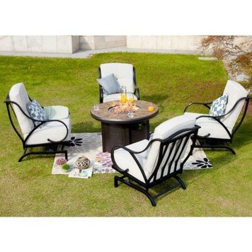 Comfy Spring Backyard Ideas With A Seating Area That Make You Feel Relax 01