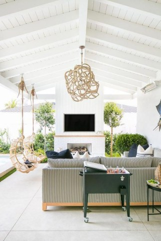 Favorite Outdoor Rooms Ideas To Upgrade Your Outdoor Space 24