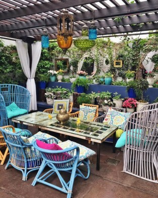 Gorgeous Colorful Bohemian Spring Porch Update For Your Inspire 15