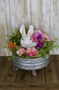 Inspirational Easter Decorations Ideas To Impress Your Guests 28
