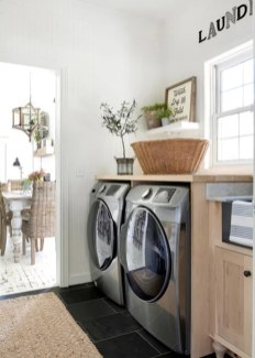 Inspiring Laundry Room Design With French Country Style 17