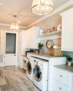 Inspiring Laundry Room Design With French Country Style 30
