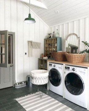 Inspiring Laundry Room Design With French Country Style 45
