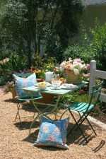 Luxury Garden Furniture Ideas To Enjoy Your Spring Backyard 12