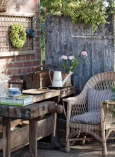 Luxury Garden Furniture Ideas To Enjoy Your Spring Backyard 27