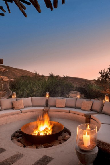 Marvelous Backyard Fireplace Ideas To Beautify Your Outdoor Decor 06