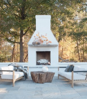 Marvelous Backyard Fireplace Ideas To Beautify Your Outdoor Decor 15
