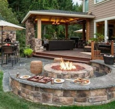 Marvelous Backyard Fireplace Ideas To Beautify Your Outdoor Decor 38