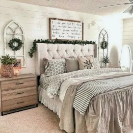 Perfect Choices Of Furniture For A Farmhouse Bedroom 11