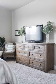 Perfect Choices Of Furniture For A Farmhouse Bedroom 18