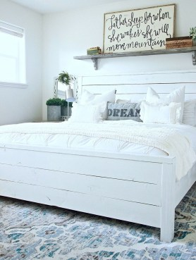 Perfect Choices Of Furniture For A Farmhouse Bedroom 35