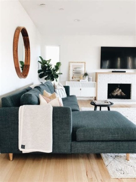 Popular Ways To Efficiently Arrange Furniture For Small Living Room 11