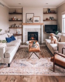 Popular Ways To Efficiently Arrange Furniture For Small Living Room 38