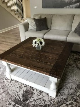 Rustic Farmhouse Table Ideas To Use In The Decor 16