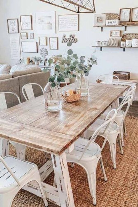 Rustic Farmhouse Table Ideas To Use In The Decor 33