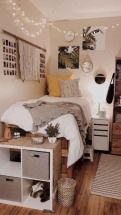 Splendid Dorm Room Ideas To Tare Room Decor To The Next Level 24