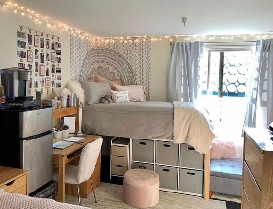 Splendid Dorm Room Ideas To Tare Room Decor To The Next Level 26