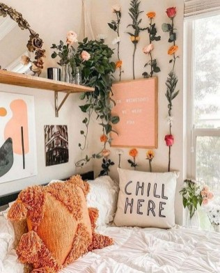 Splendid Dorm Room Ideas To Tare Room Decor To The Next Level 34