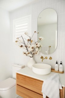 Unordinary Bathroom Design Ideas With Stunning Wood Shades 12