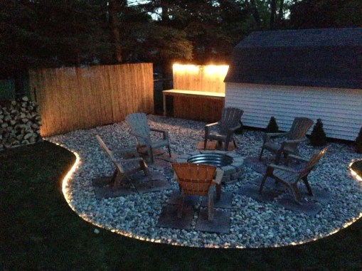 Creative Backyard Lighting Design Ideas That You Should Try 39
