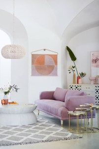 Cute Pastel Living Room Design Ideas That You Should Have 24