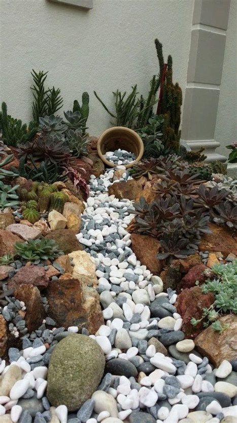 Elegant Indoor Rock Garden Ideas That Can Enhance Your Home Style 33