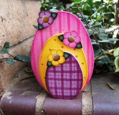 Gorgeous Outdoor Easter Decorations To Bedeck Your House In Style 13