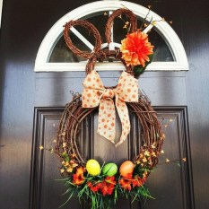 Gorgeous Outdoor Easter Decorations To Bedeck Your House In Style 14
