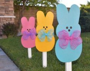 Gorgeous Outdoor Easter Decorations To Bedeck Your House In Style 23