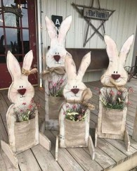 Gorgeous Outdoor Easter Decorations To Bedeck Your House In Style 44