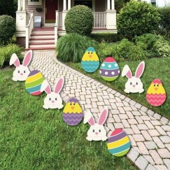 Gorgeous Outdoor Easter Decorations To Bedeck Your House In Style 45