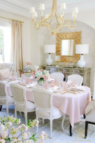 Marvelous Easter Tablescapes That Will Make Your Jaw Drop 04