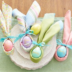Marvelous Easter Tablescapes That Will Make Your Jaw Drop 19