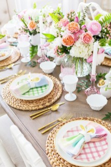 Marvelous Easter Tablescapes That Will Make Your Jaw Drop 27