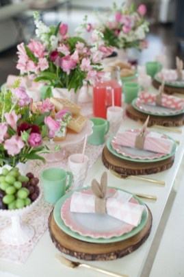 Marvelous Easter Tablescapes That Will Make Your Jaw Drop 32