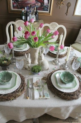 Marvelous Easter Tablescapes That Will Make Your Jaw Drop 33