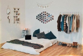 Minimalist And Simple Bedroom Decor Ideas That You Should Try 28
