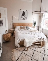 Minimalist And Simple Bedroom Decor Ideas That You Should Try 32