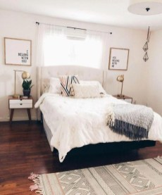 Minimalist And Simple Bedroom Decor Ideas That You Should Try 43
