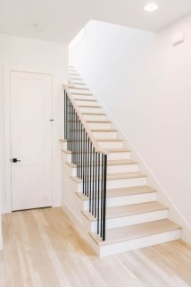 Perfect Home Stair Design With Light That Very Beautiful 29