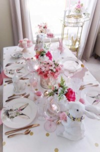 Superb Easter Table Decoration Ideas To Give Your Tablescape A Festive Vibe 20