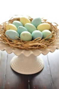 Superb Easter Table Decoration Ideas To Give Your Tablescape A Festive Vibe 37