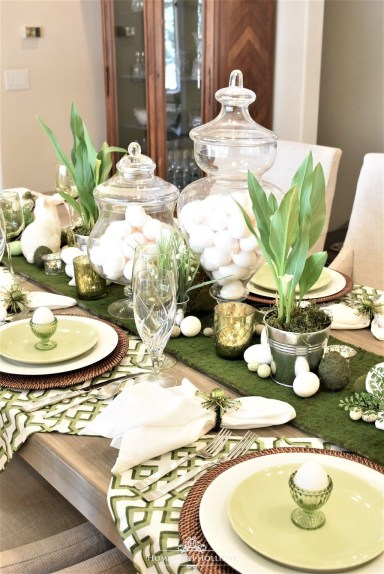 Superb Easter Table Decoration Ideas To Give Your Tablescape A Festive Vibe 46